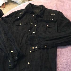 Guess button down mans shirt